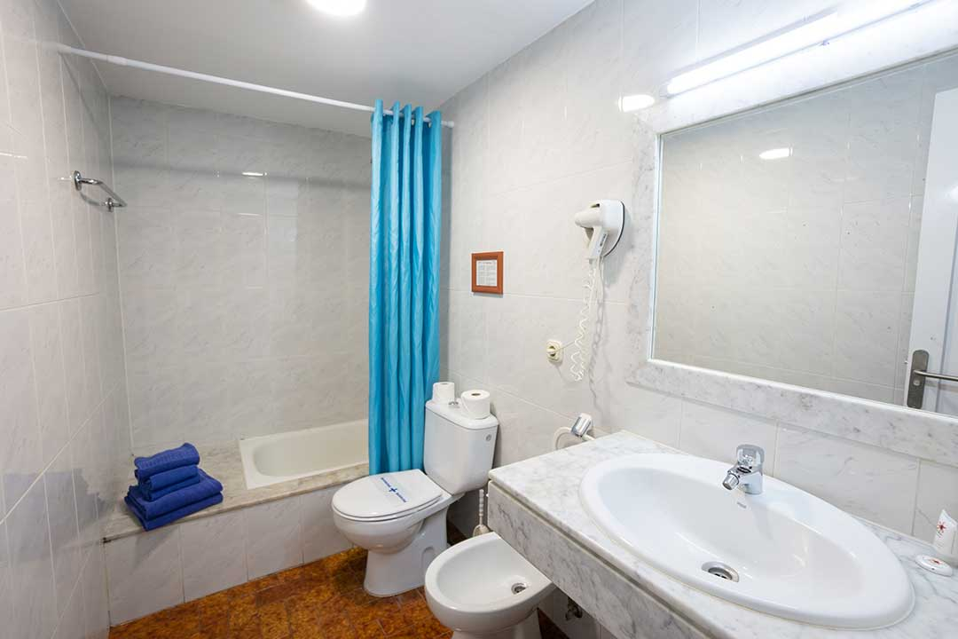 Bathroom of 1 Bedroom Standard Apartment.